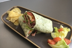 Spinach-wrap-with-bacon-brie-salad